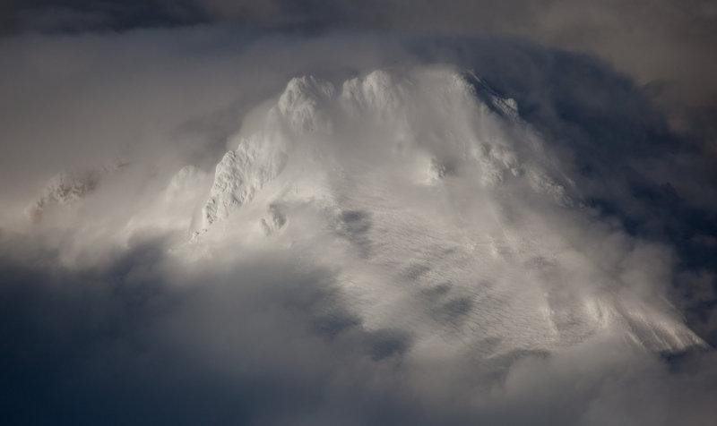 Glacier Peak, Upper SW Slopes <br> (GlacierPk_040412_002.jpg)*