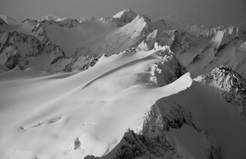 Upper Neve Glacier, Looking South To Eldorado <br>(Snowfield_040912_035-4.jpg)