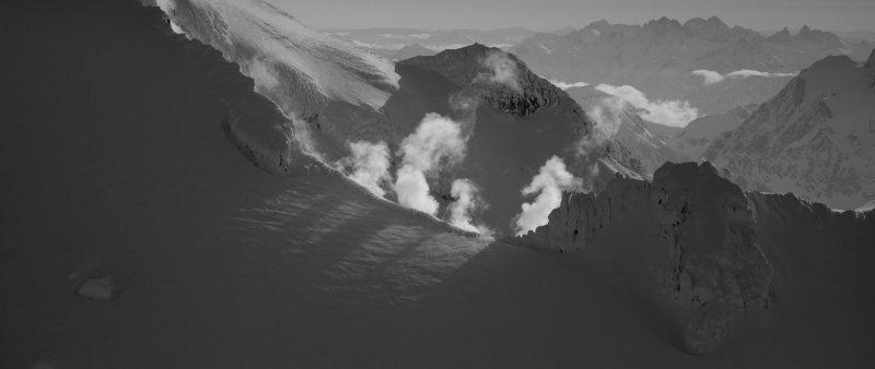 Volcanic Steam & Shadows <br> (MtBaker_050612_017-1.jpg)