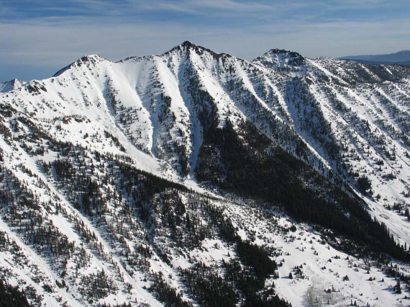 Soda Pk (Center) & Smoky Mt, View N (SmokyMt042806-01adj.jpg)