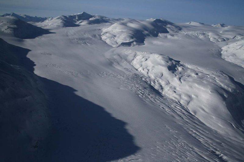 Lillooet Icefield:  Bridge Glacier, View WSW <br> (Lillooet011508-_0104.jpg)