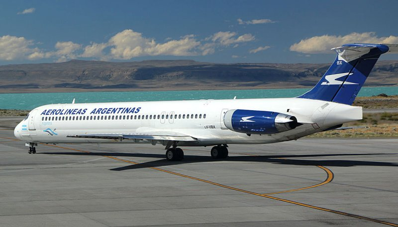 Aerolineas Argentinas MD-80 at FTE