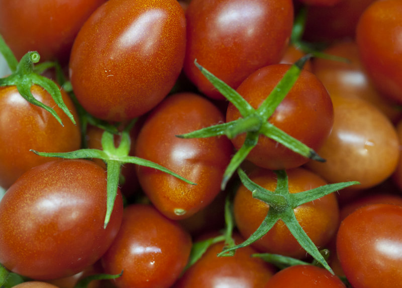 Cherry Tomatoes at ISO 3200