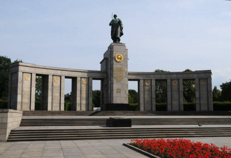 WWII Russian war monument