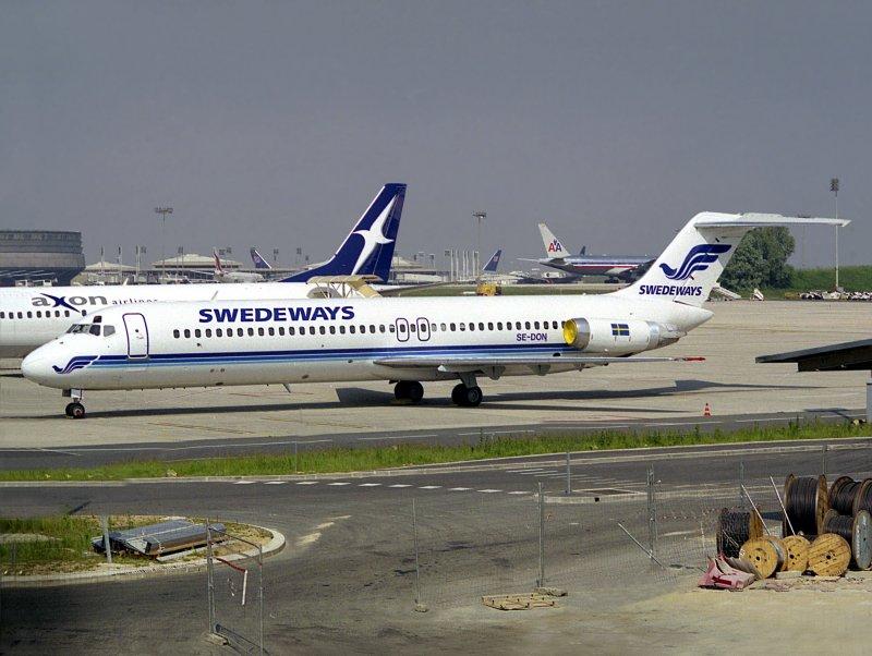 DC9-30   SE-DON