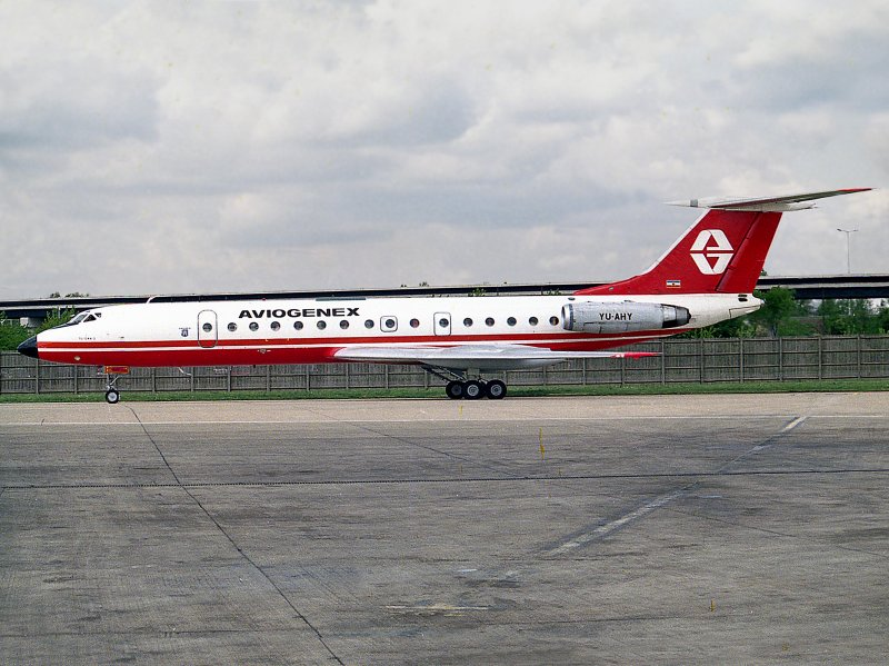 Tupolev TU-134A     YU-AHY