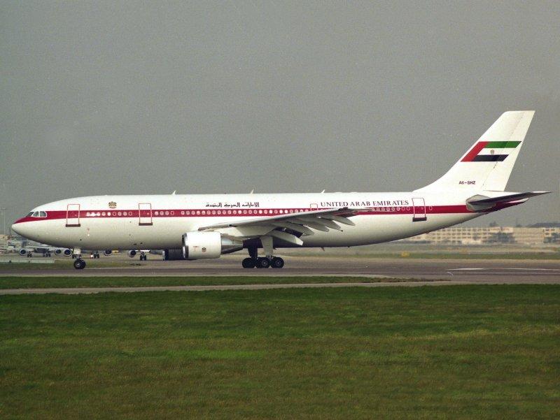 A300-600 A6-SHZ