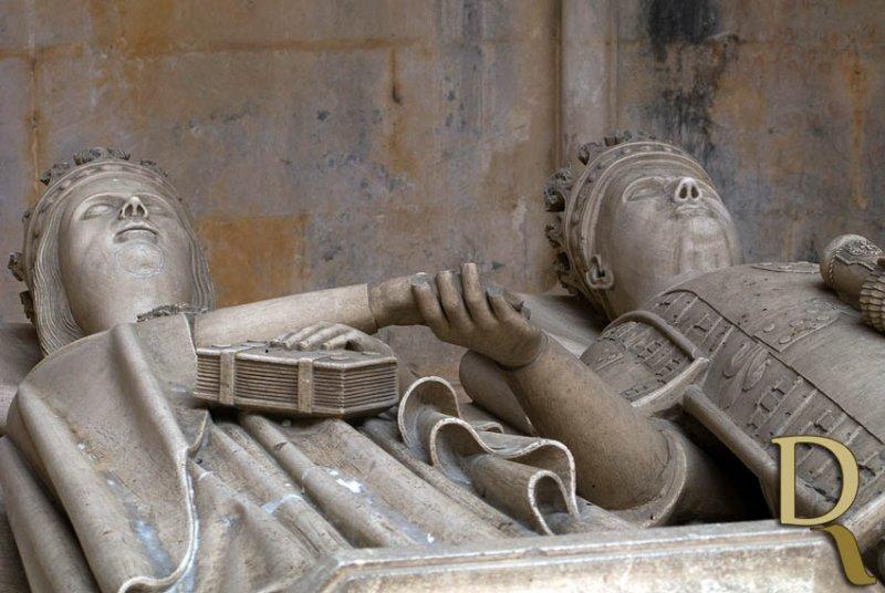 Túmulo de Dom Duarte e Dona Leonor de Aragão
