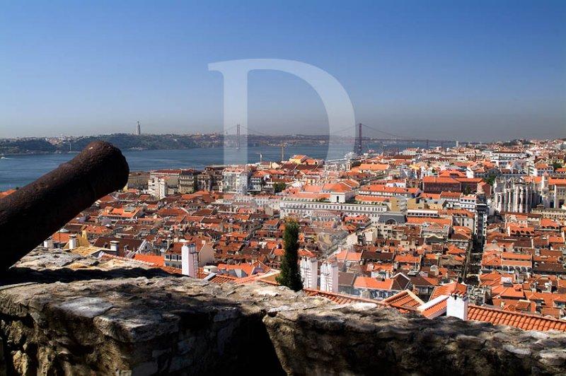 Lisboa, o Castelo e o Tejo