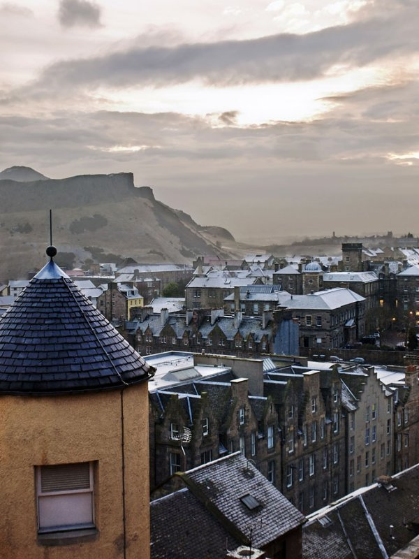 Edinburgh Winter Morning