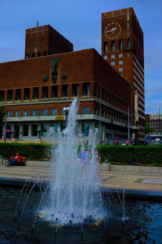 Rådhus & Fountain