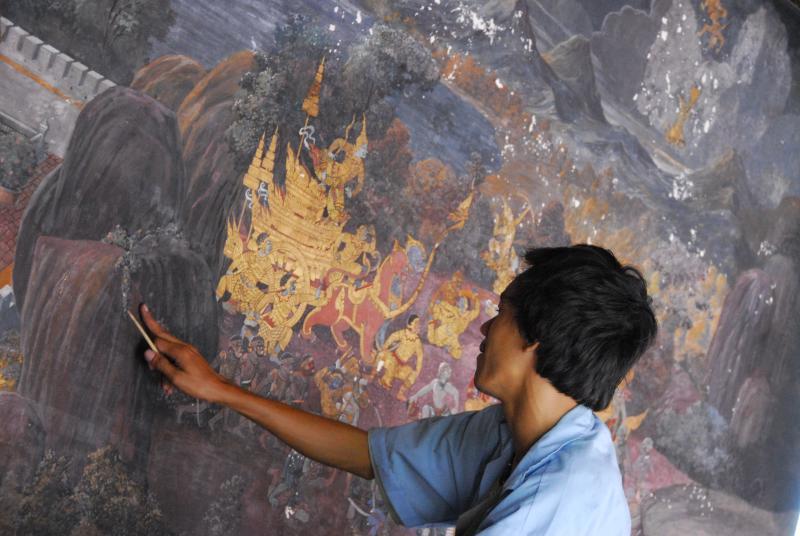 Mural Restoration at Grand Palace