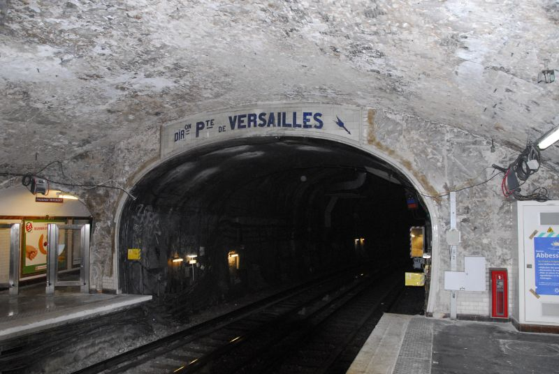 Abbesse Tunnel