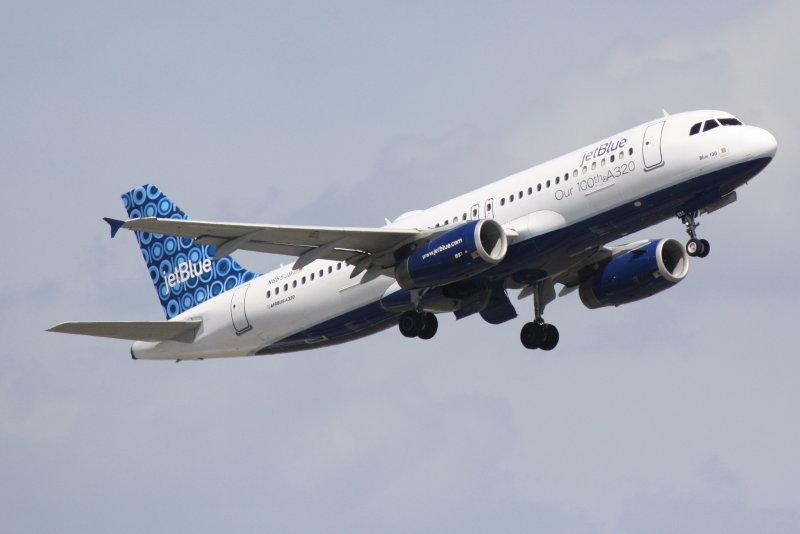 Airbus A320 (N655JB) Blue 100