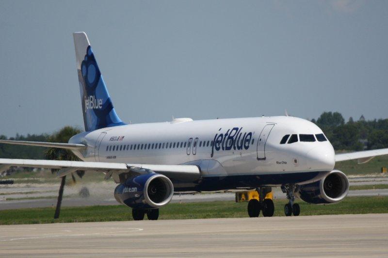 Airbus A320 (N563JB) Blue Chip