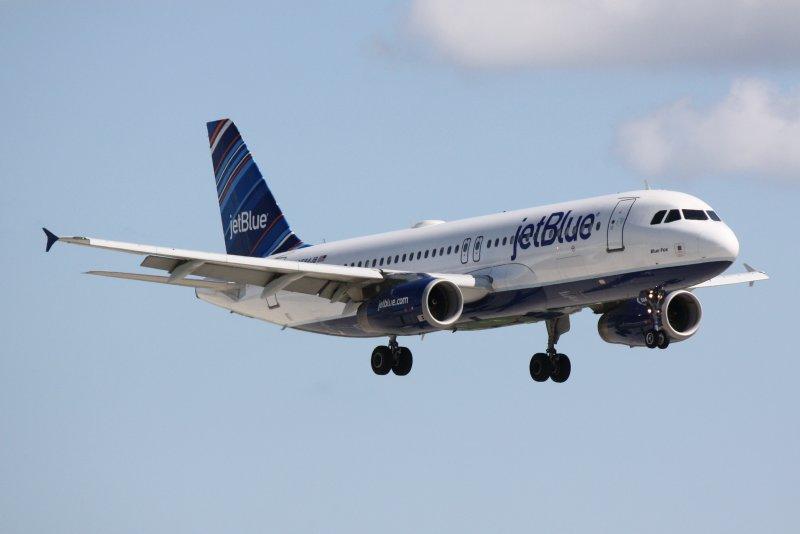 Airbus A320 (N584JB) Blue Fox