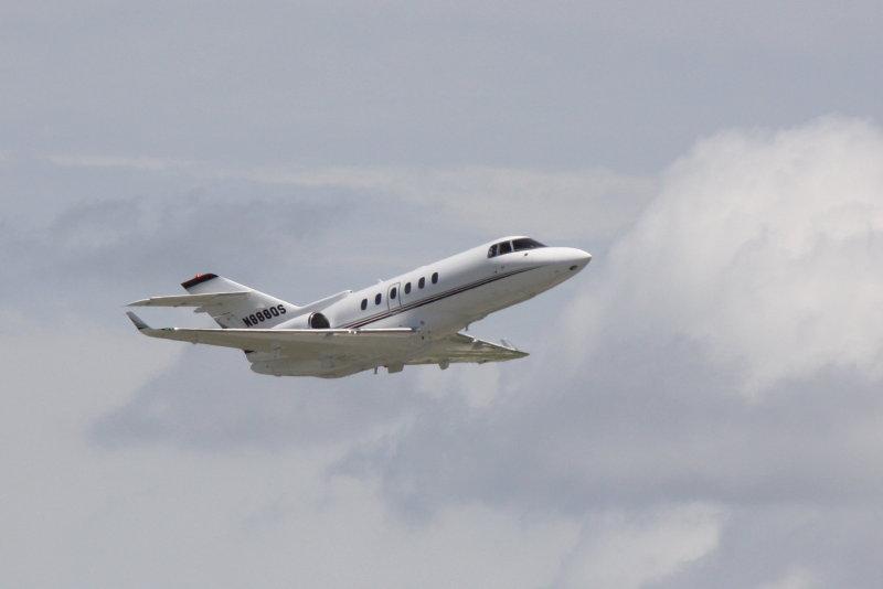 Raytheon Hawker 800 (N888QS)