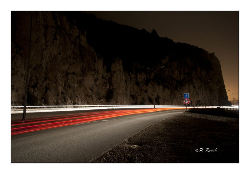 Night beams - 7558