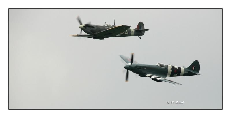 Duo Spitfire