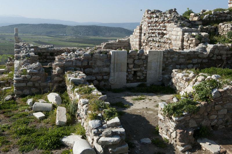 Selcuk Castle March 2011 3333.jpg