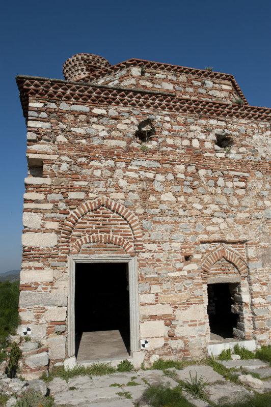 Selcuk Castle March 2011 3354.jpg