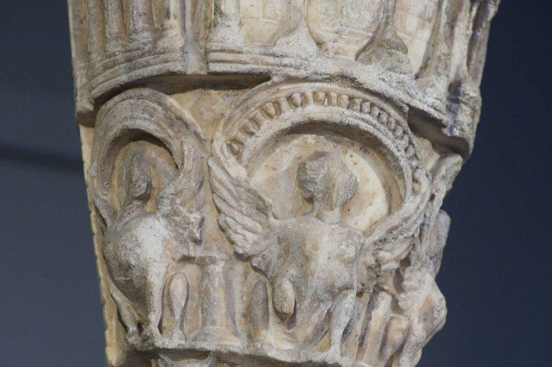 Selcuk Museum March 2011 3868.jpg