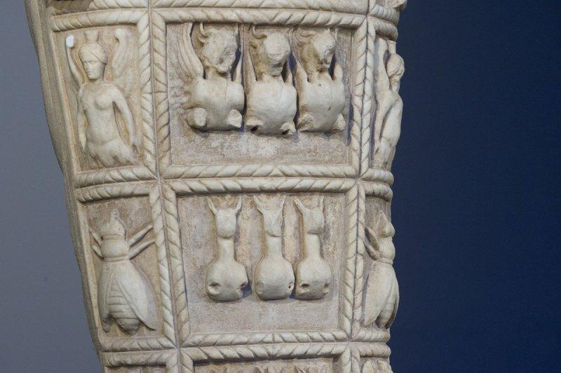 Selcuk Museum March 2011 3874.jpg