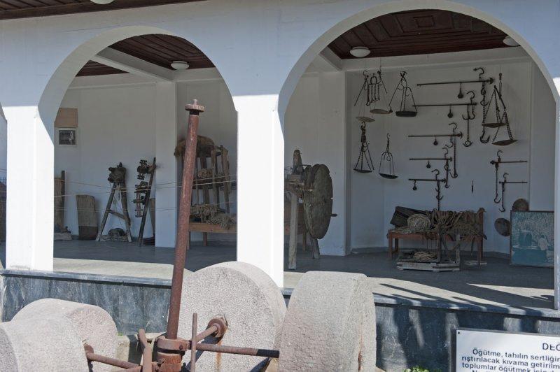 Selcuk Museum March 2011 3981.jpg