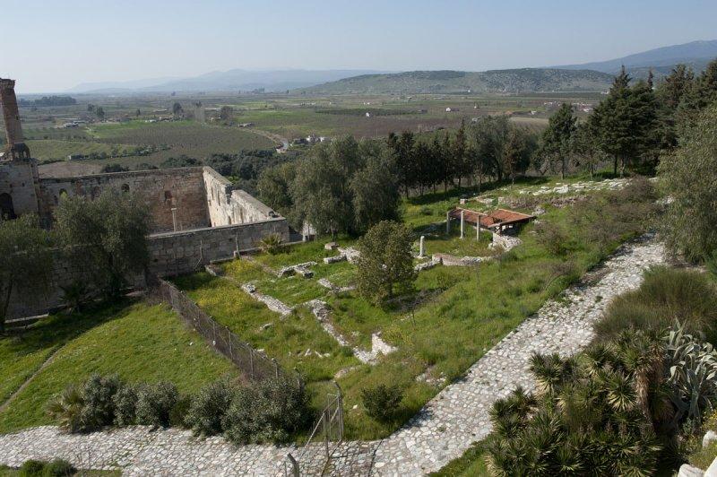 Selcuk Basilica of St John the Apostle March 2011 3213.jpg