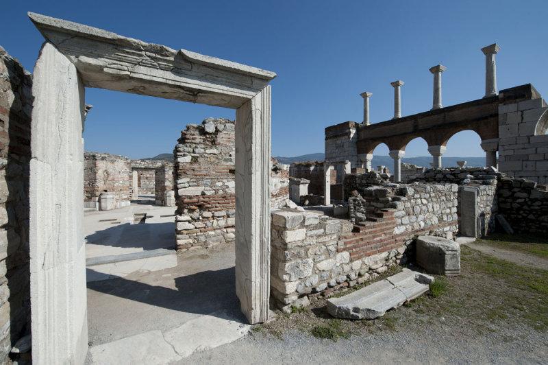Selcuk Basilica of St John the Apostle March 2011 3231.jpg