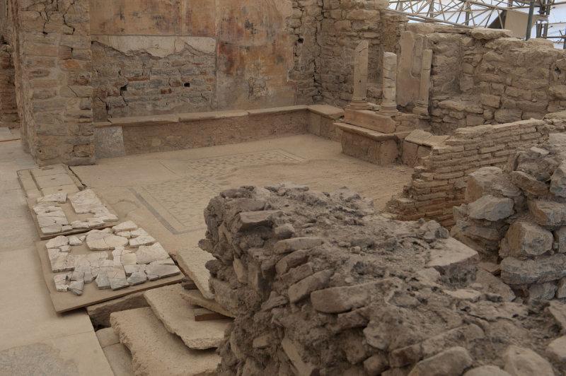 Ephesus March 2011 3656.jpg