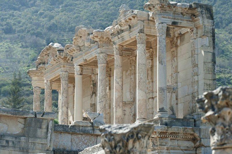 Ephesus March 2011 3628.jpg