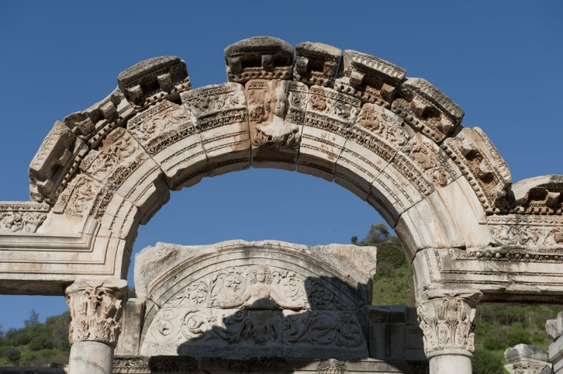 Ephesus March 2011 3788.jpg