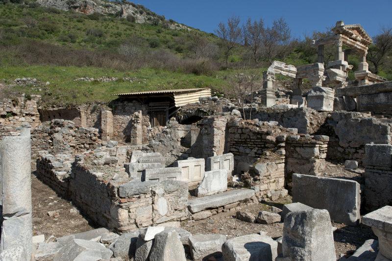 Ephesus March 2011 3727.jpg