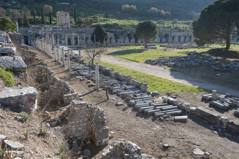 Ephesus March 2011 3808.jpg