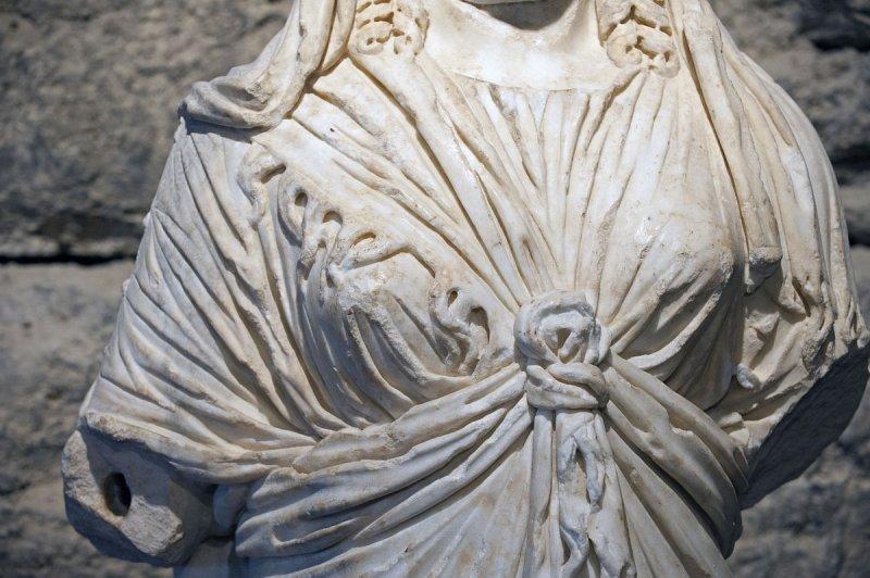Hierapolis March 2011 4267.jpg