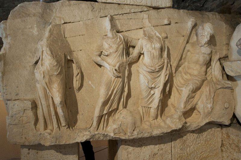 Hierapolis March 2011 4294.jpg