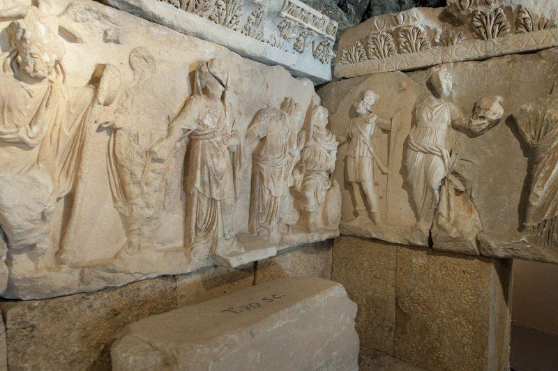 Hierapolis March 2011 4300.jpg