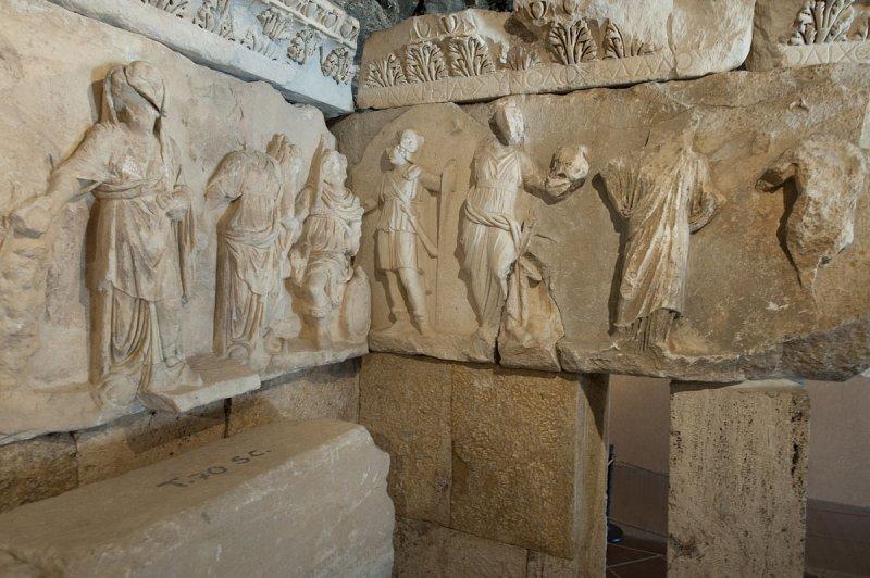 Hierapolis March 2011 4301.jpg