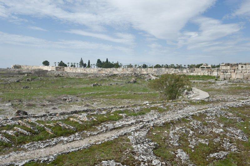 Hierapolis March 2011 4833.jpg