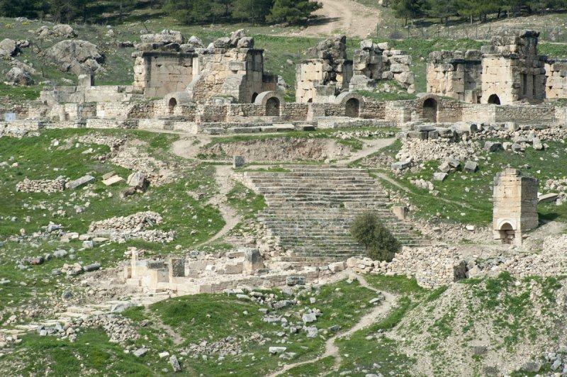 Hierapolis March 2011 4914.jpg