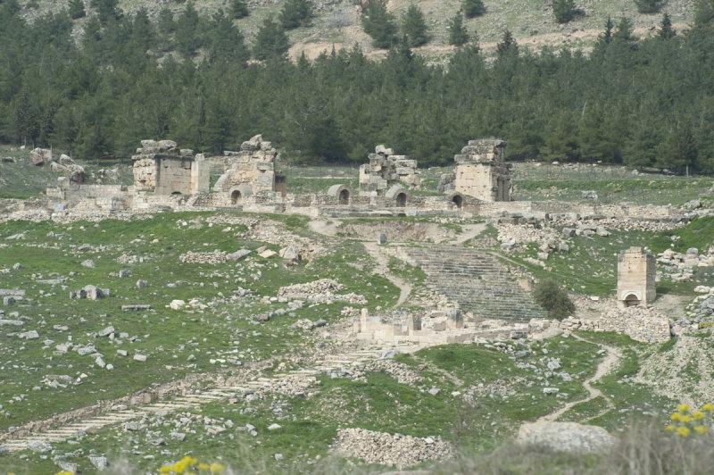 Hierapolis March 2011 4921.jpg