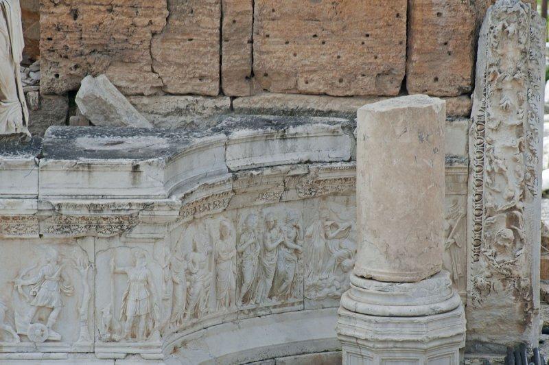 Hierapolis March 2011 4931.jpg