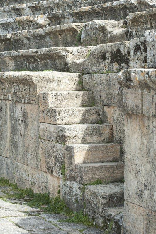 Hierapolis March 2011 4941.jpg