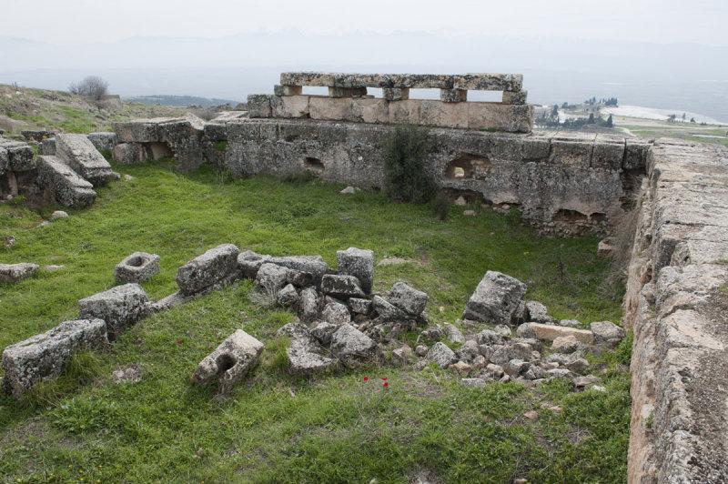 Hierapolis March 2011 4952.jpg