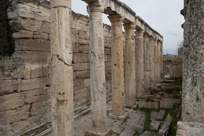 Hierapolis March 2011 4997.jpg