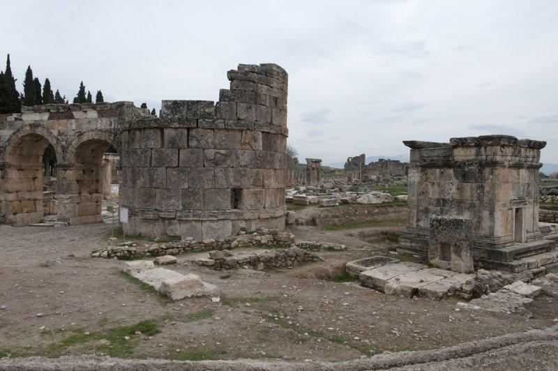 Hierapolis March 2011 5036.jpg