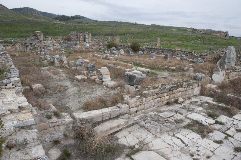Hierapolis March 2011 5065.jpg