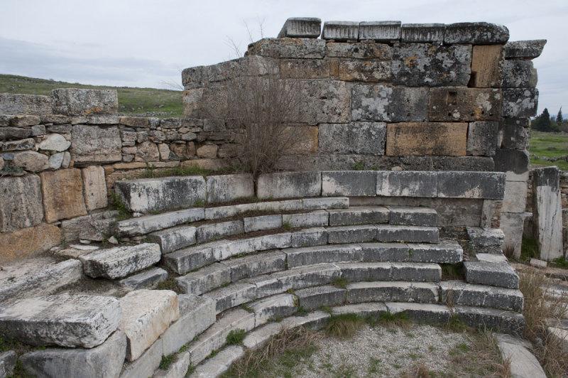 Hierapolis March 2011 5067.jpg