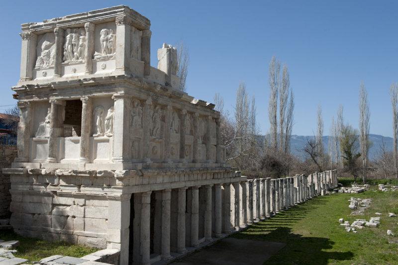 Aphrodisias March 2011 4357.jpg
